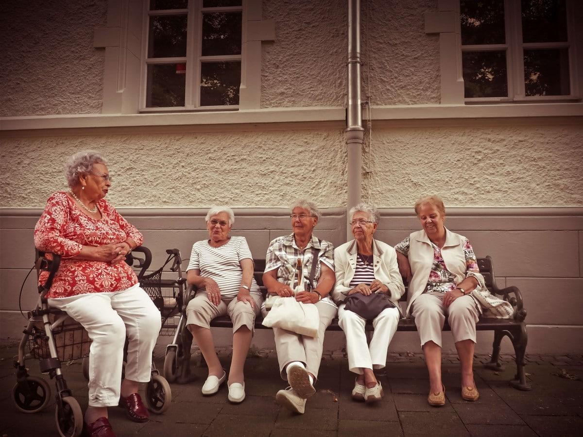 10 consejos para el cuidado general de nuestros mayores
